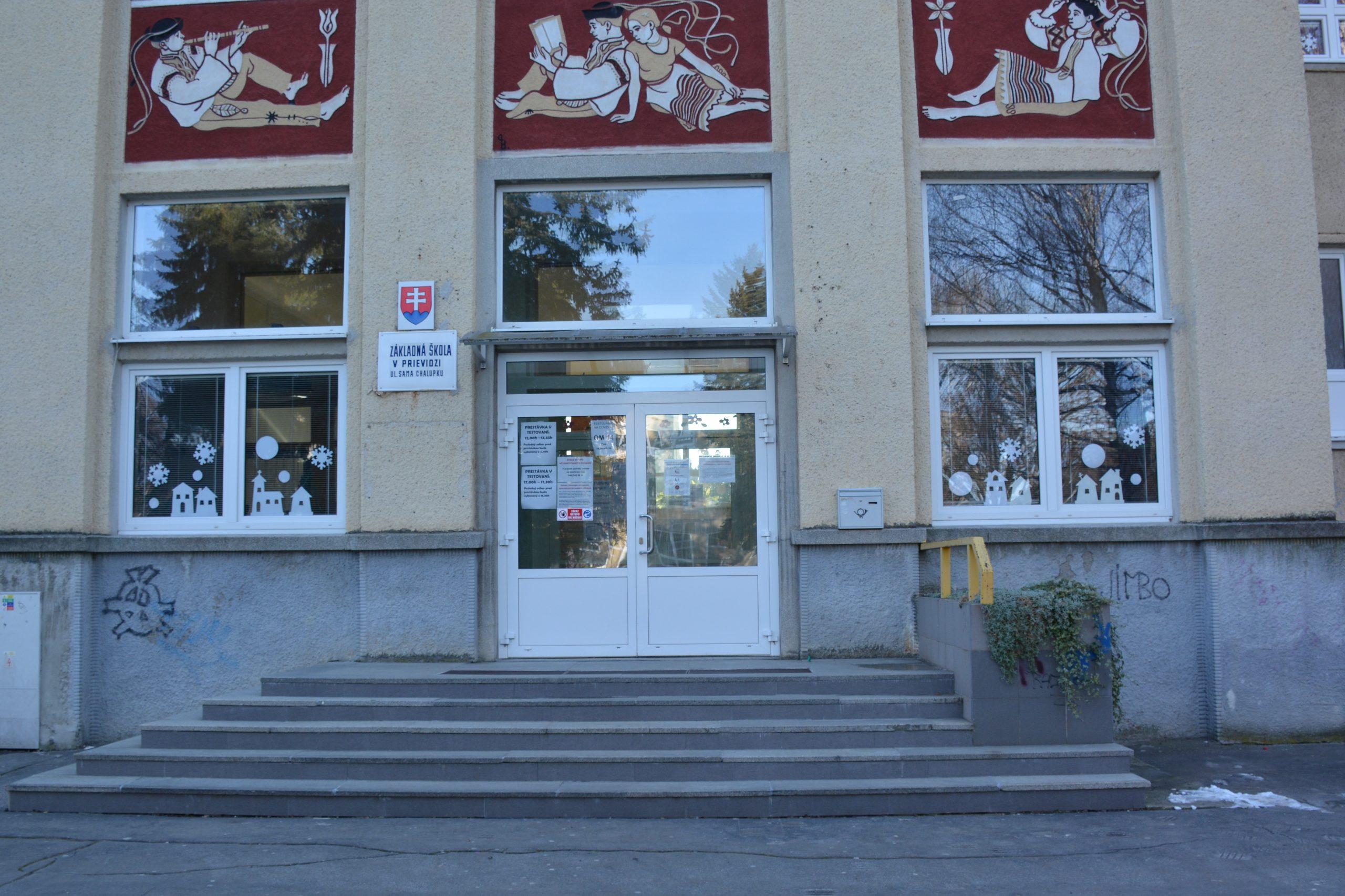 Základná škola S. Chalúpku